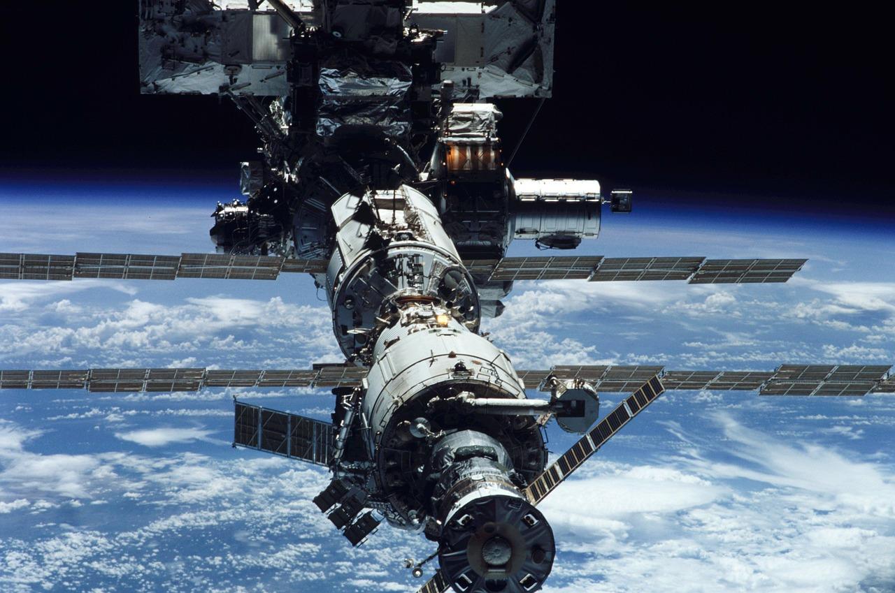 Фото россии из орбитальной станции