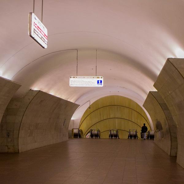 Ниссан какие станции метро закрыты 12 12 2015 снять аренду квартиру
