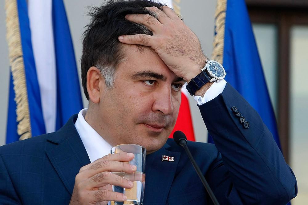 Глава МВД Грузии пообещал арестовать Саакашвили при приезде в страну