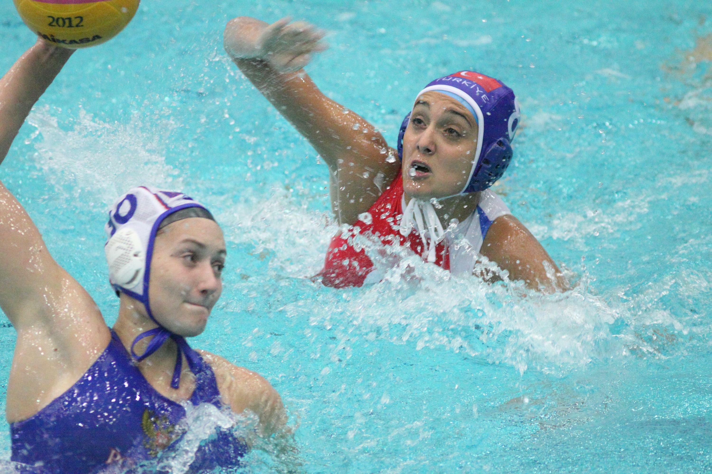 фартуки защищают женская сборная россии по водному поло фото эта называется фриденталь