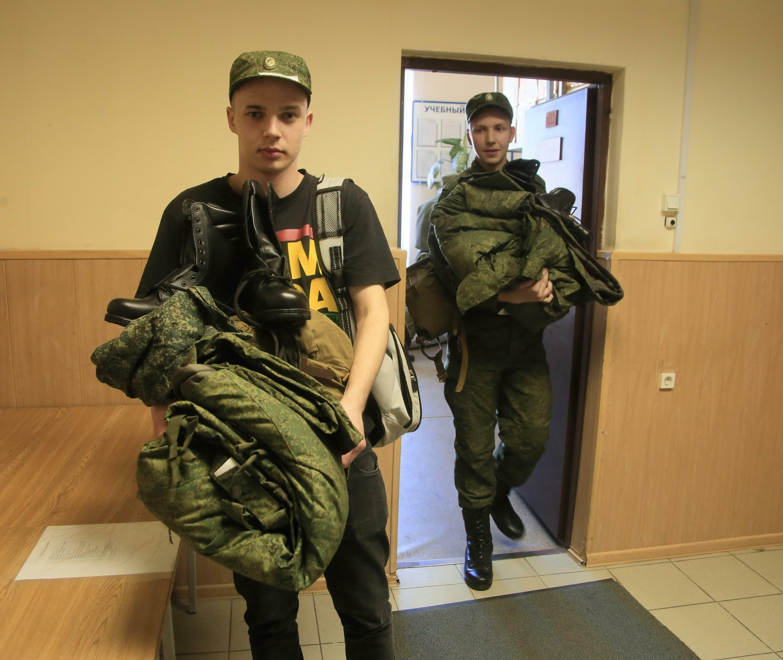 Фото парень в военной форме 4 фотография