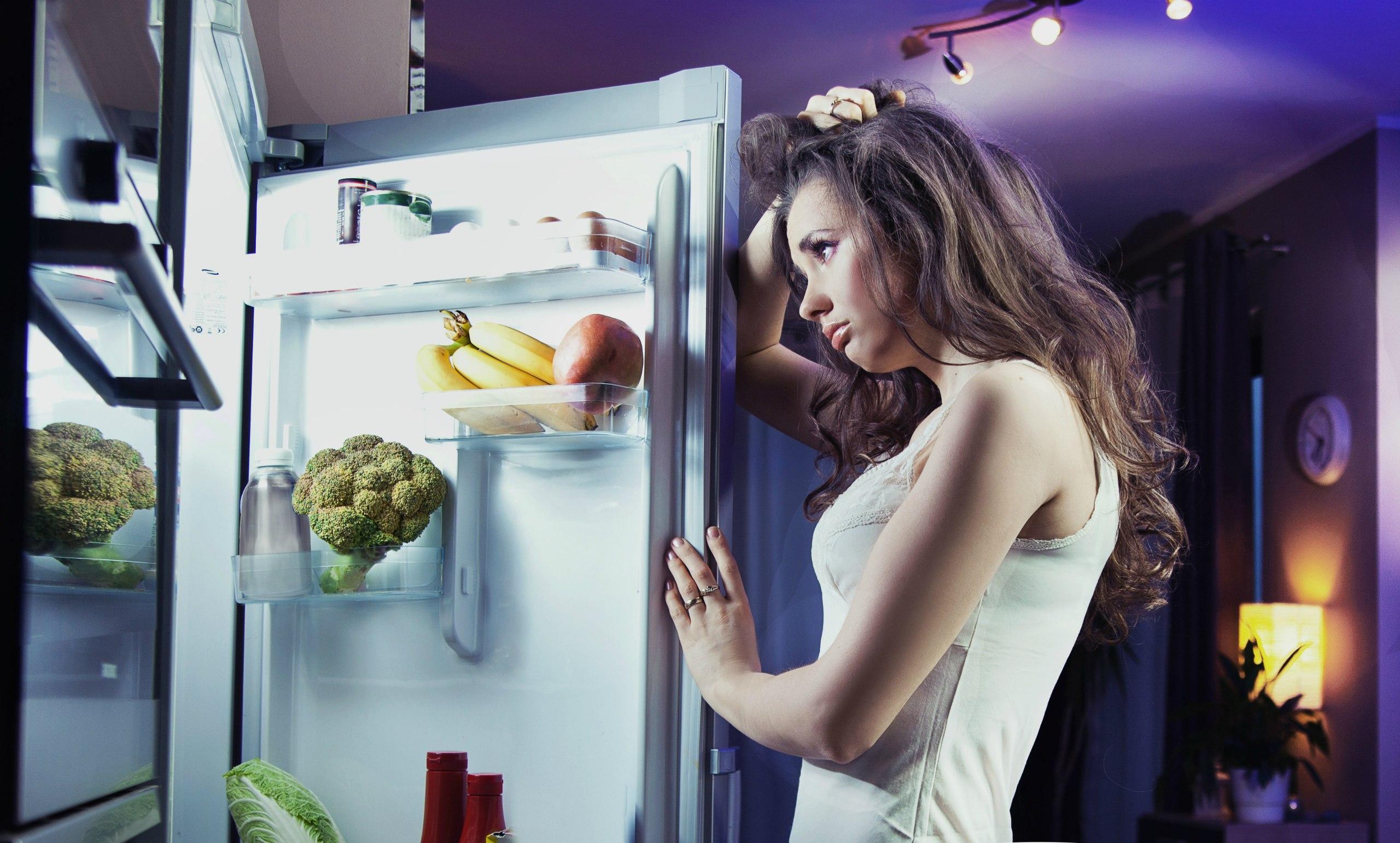 К рациону диеты добавьте какие-либо жиросжигающие продукты.