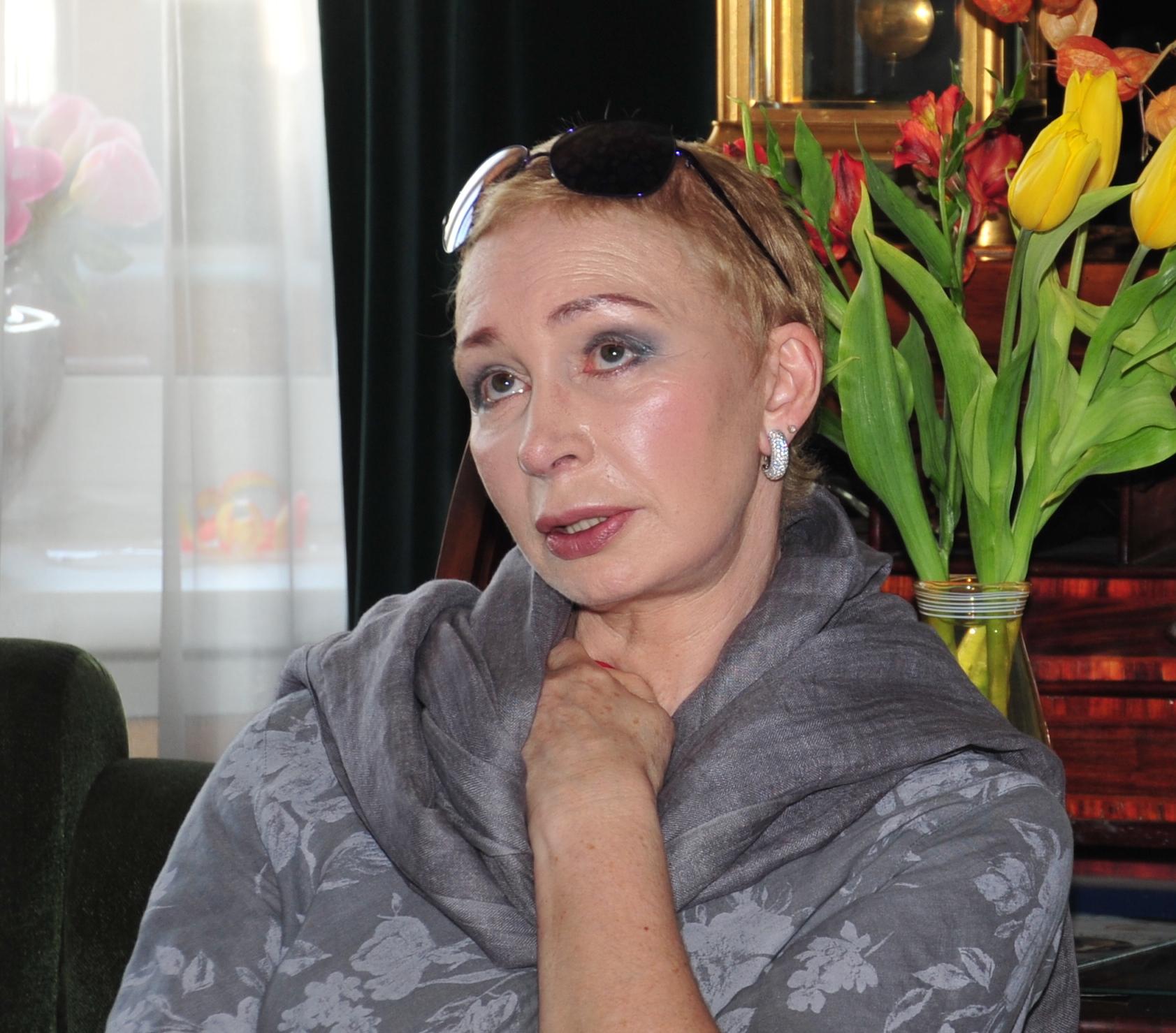 Русская знаменитая порно актриса 19 фотография