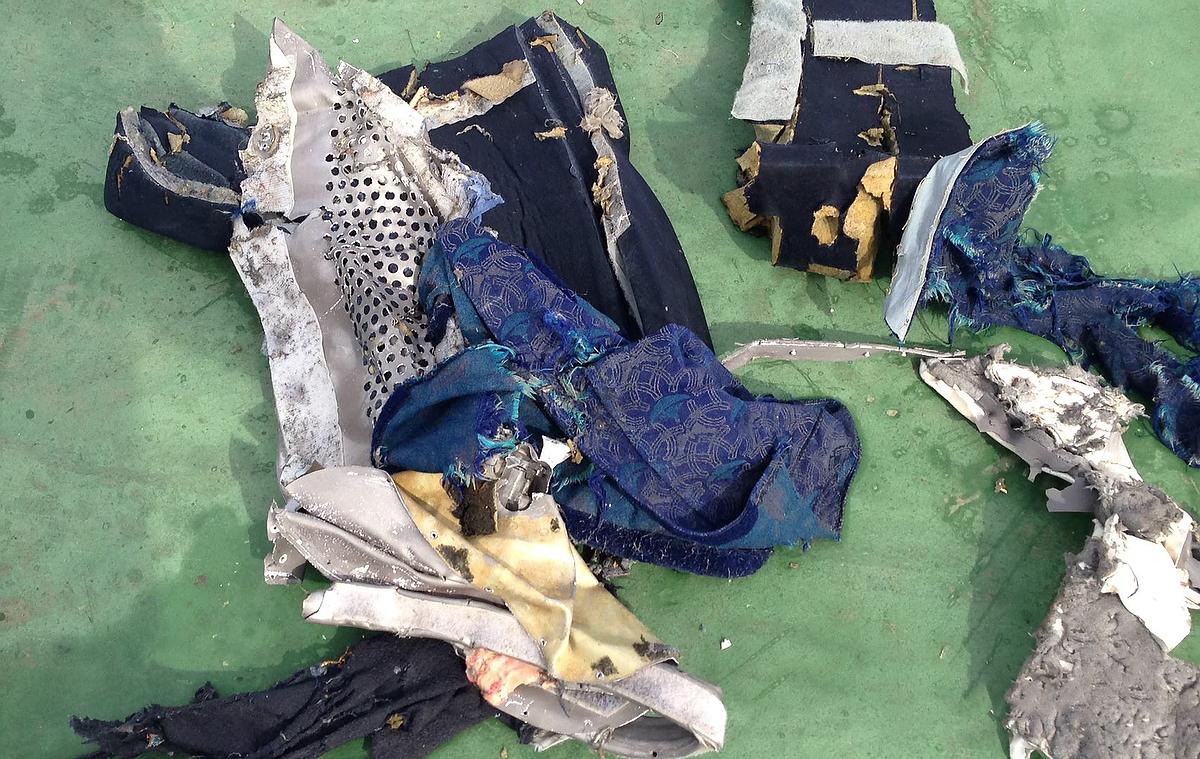 прошла демонстрация фото разбитого самолета мае египтом уже, кажется, слишком