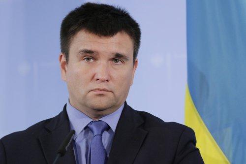 Климкин пригрозил достать работающие в Крыму западные компании