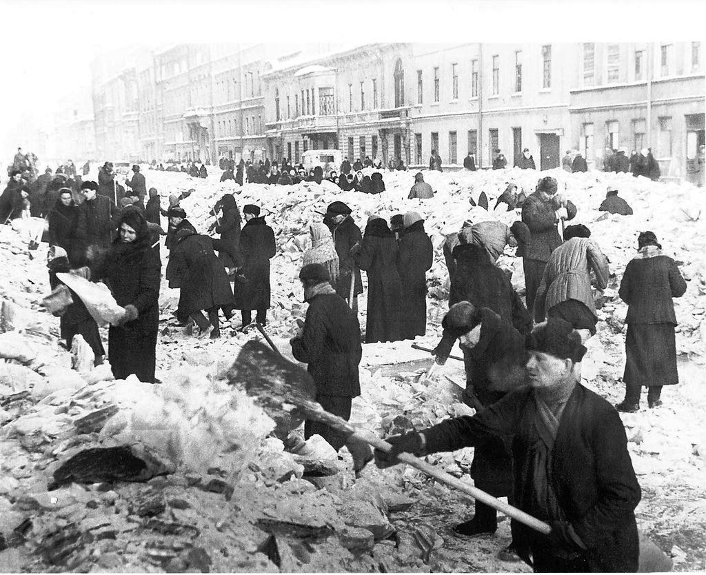 очень редкое ленинград в годы блокады фото цвета