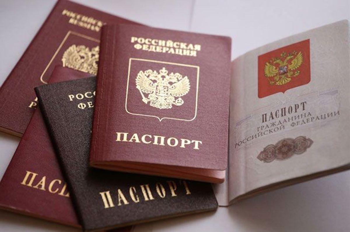 в каком возрасте можно отказаться от гражданства раз году вспоминают