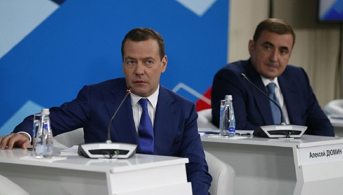 Названа возможная сменщица Дмитрия Медведева на посту премьера - Аргументы  Недели 496a53835d1