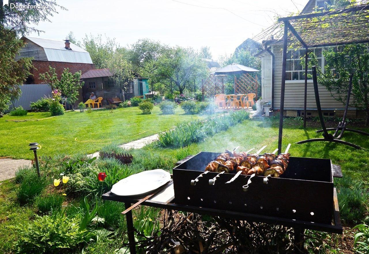 Пикник в огороде дома фото