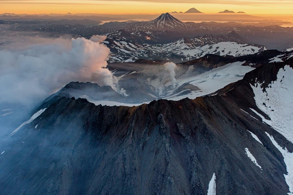 снимок- вулкан безымянный камчатка фото добры