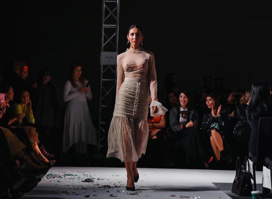 Атягуюши платьях фото — photo 10