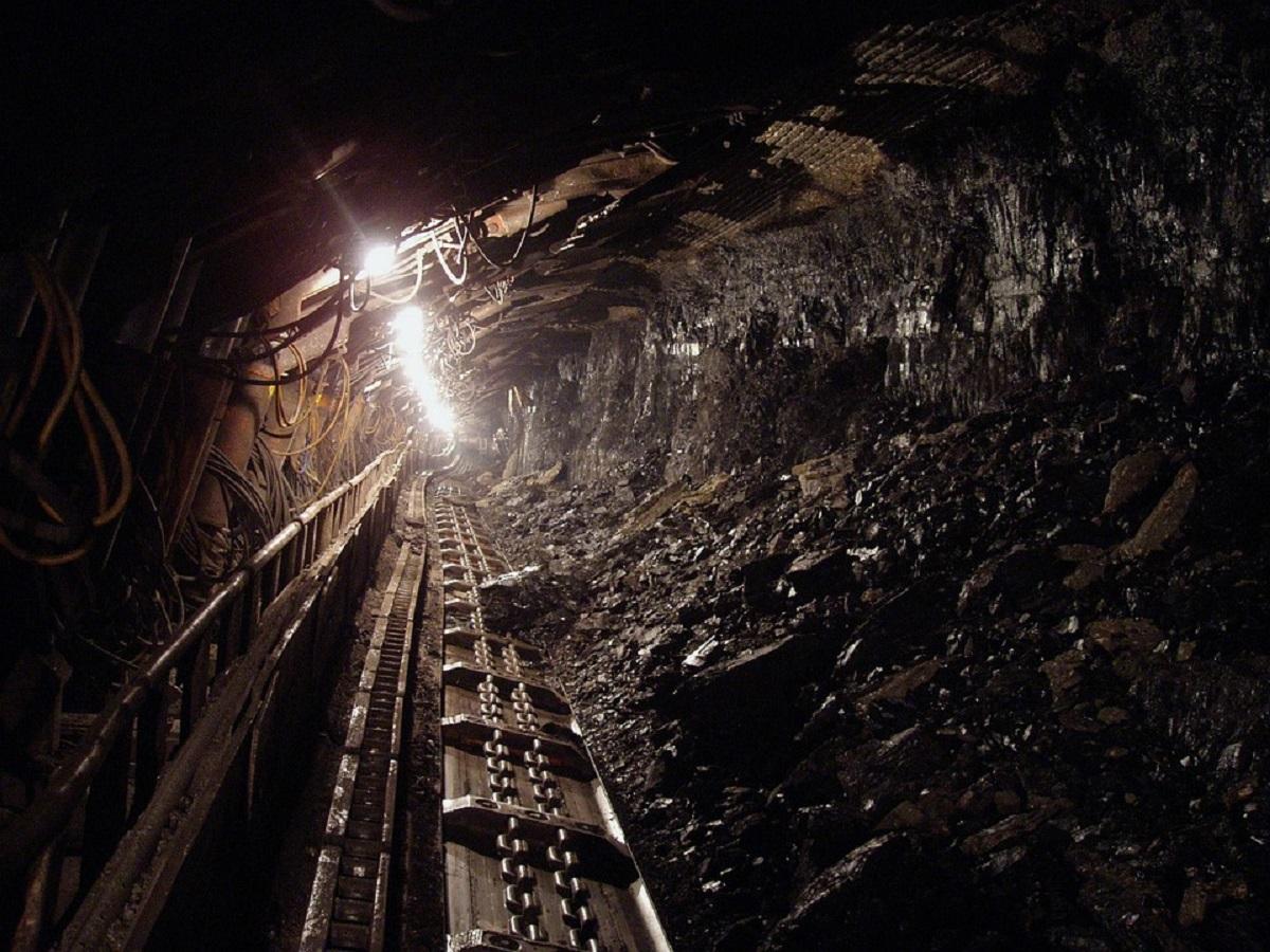 фото шахта уголь дровокол сделать своими