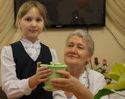 Проект «50 ПЛЮС» провел социальную акцию «Подари цветок»