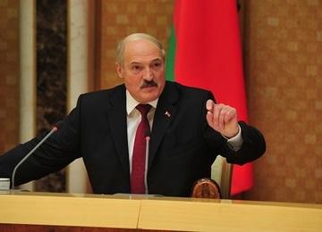 Лукашенко и Порошенко в Киеве обсудят урегулирование конфликта в Донбассе