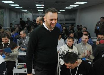 Фонд борьбы с коррупцией: по делу Навального допросят петербуржцев