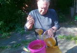 Одни регионы РФ убирают хлеб, другие, используя труд рабов, гонят паленую водку!