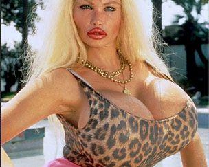 Актриса с самой большой грудью фото 192-183