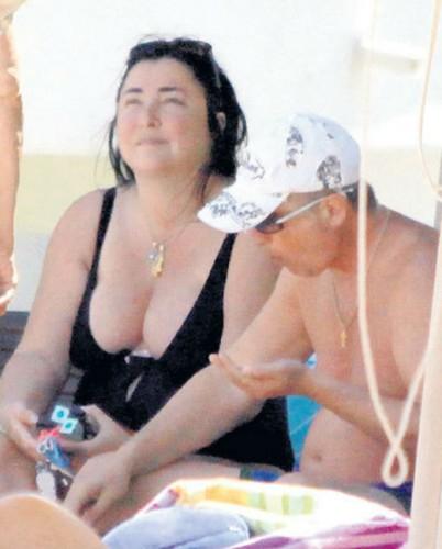 Фото лолиты на пляже в болгарии