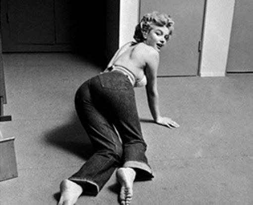 Секси танец блондинки монро
