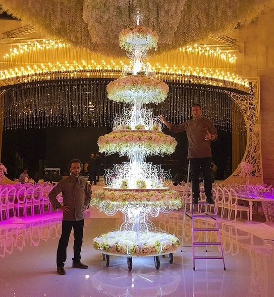 Фото торт со свадьбы бородиной