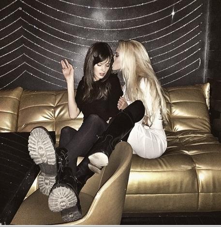 Фото девушек блондинок в клубах