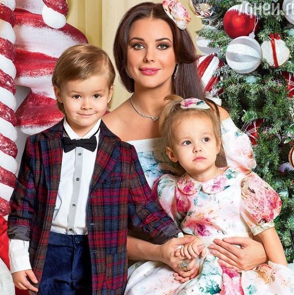 оксана фёдорова фото с детьми