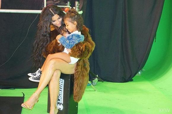 Ким Кардашьян и дочь Норт