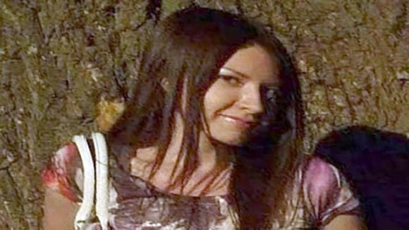 Известно имя девушки, тело которой мать выбросила в чемодане в Италии (ФОТО)