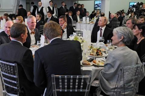 Майкл Флинн на вечеринке RT с Путиным