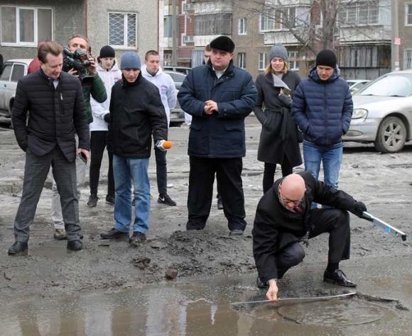ВЧелябинске составляют список отремонтированных дорог, «растаявших» совместно соснегом