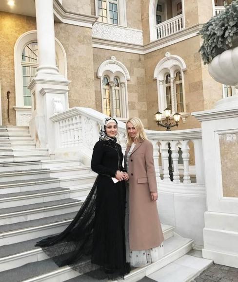 Яна Рудковская и дочь Кадырова
