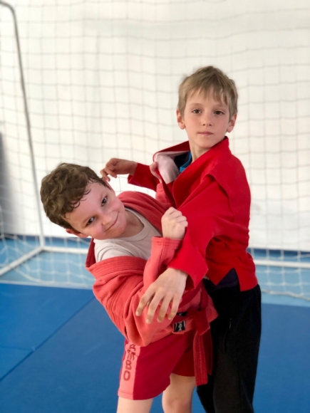 Адаптивное самбо: как в Сочи реабилитируют детей с ДЦП