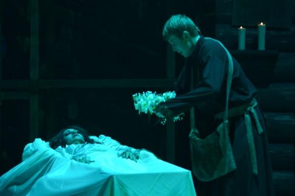 """""""То в гроб положили, то летать заставили"""", Анастасия Макеева о премьере нового мюзикла """"Вий"""""""