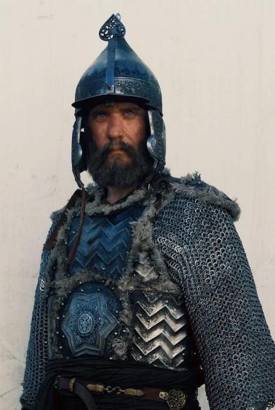 Актер Юрий Батурин: Стань царем, а уже потом суди