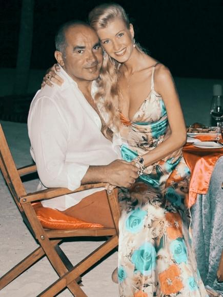 Экс-сенатор и правоверный мусульманин Фархад Ахмедов изменял жене с несовершеннолетней девушкой?