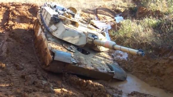 Американское издание National Interest признало превосходство российского Т-14 над танком Abrams