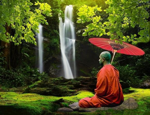 Говорят, медитируя, монахи могут и взлететь, и сидеть в кипятке, и много других чудес.