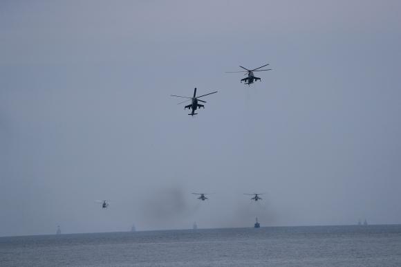 ВМФ России демонстрирует свою мощь в Балтийском море