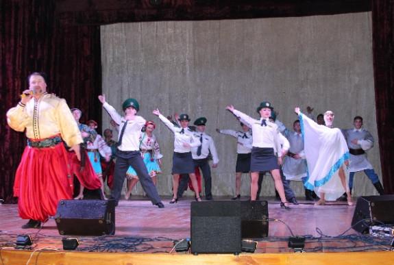 Маразмы недели: дипломатический карлик Украины, танцоры в контрразведке и «бывалый» реформатор Саакашвили