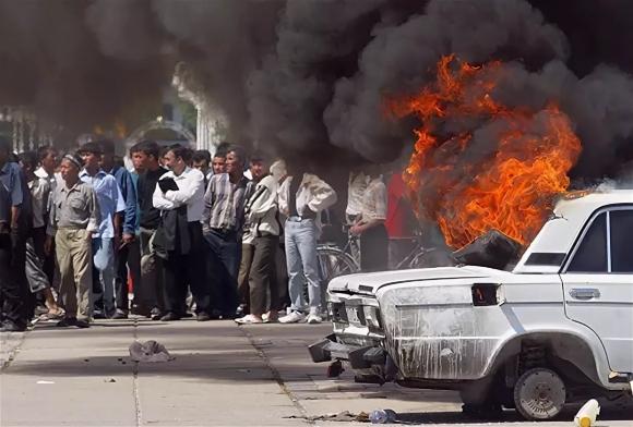 По мнению США и ЕС, умерший в 2016-м президент Узбекистана был худшим из всех диктаторов