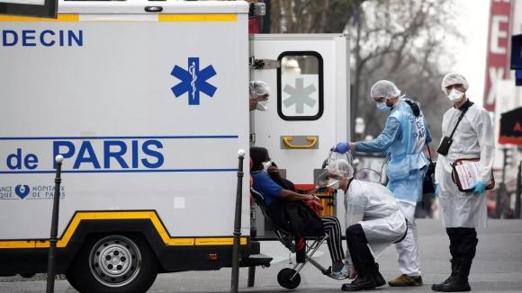 Коронавирус во Франции не утихает