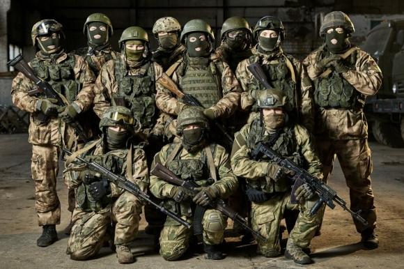 Министр обороны поздравляет российский Спецназ с 70-летием