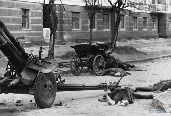 В этот день в 1942 году немецкие войска повторно захватили Ростов-на-Дону