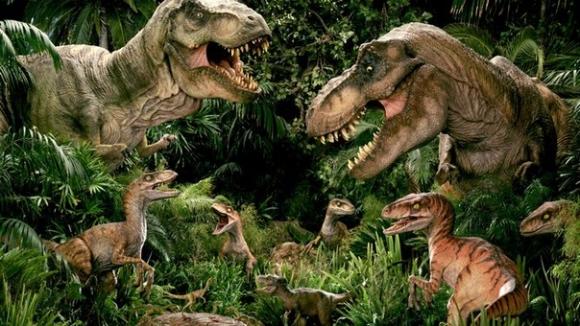 На суше динозавров точно не осталось, чего не скажешь про океан