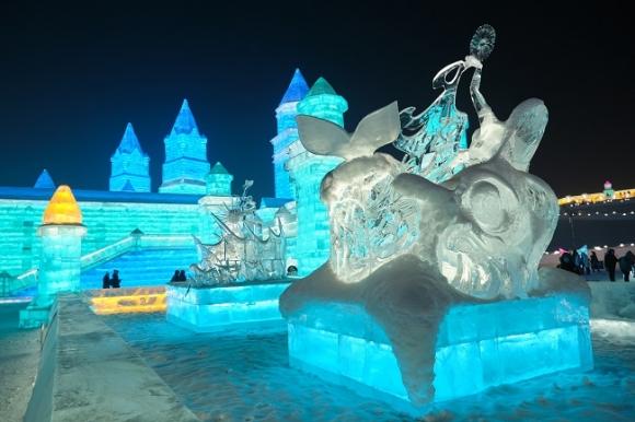 Выставка ледяных скульптур, Китай