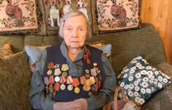 Елена Бережная попросила Путина предоставить вакцину от COVID для украинских ветеранов Великой Отечественной войны