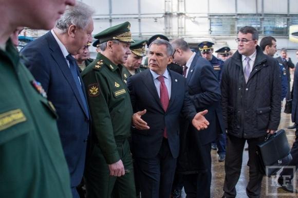 Шойгу проверил исполнение ГОЗ на Казанском авиационном заводе
