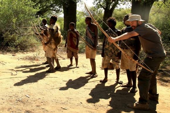 Перед охотой. Бушмены, Танзания. Фото: личный архив