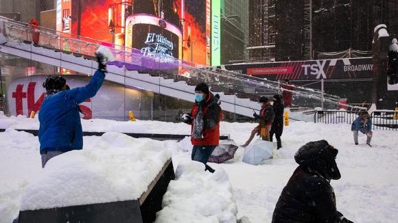Некоторые американцы считают, что морозы в Техасе — это дело рук Москвы, применившей климатическое оружие