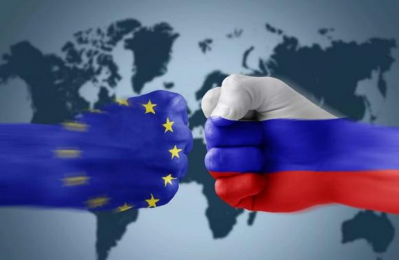 Евросоюз будет ужесточать свою позицию по отношению к России